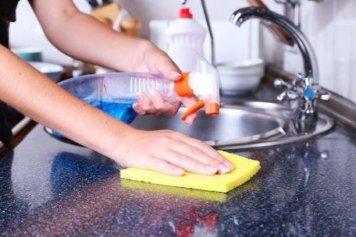 خانه تکانی آسان؛ 10 نکته طلایی برای تمیز کردن آشپزخانه
