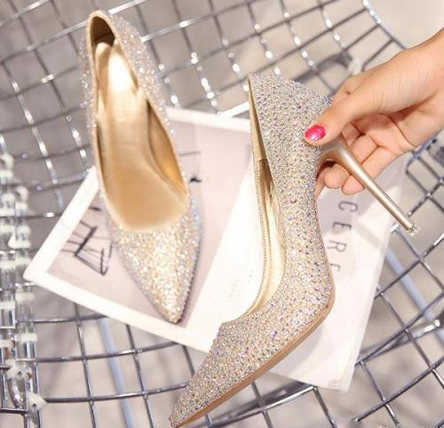 انواع مدل کفش پاشنه بلند؛ 15 مدل متنوع و جذاب