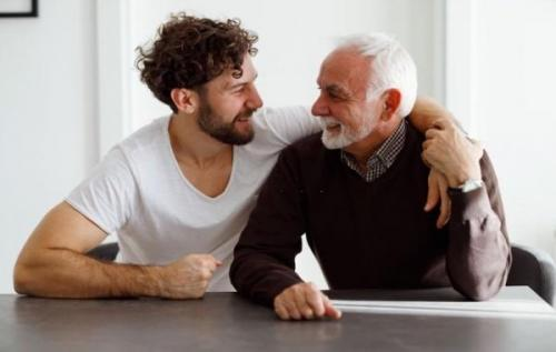 10 کار ساده و صمیمی برای تشکر و قدردانی از پدر