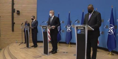 ناتو: خروج از افغانستان اول می شروع می گردد، واشنگتن: به حملات طالبان پاسخ می دهیم