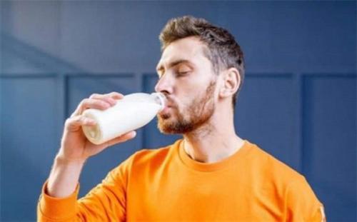 شیر بخورید تا بیماری قلبی نگیرید