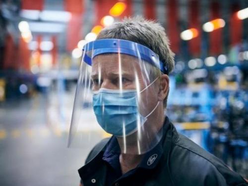 ماسک یا طلق محافظ، کدامیک موثرتر است؟