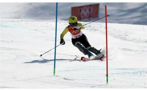 فدراسیون جهانی اسکی برای یاری به اسکی بازها دست به کار شد